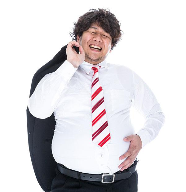 スーツ姿の肥満男性